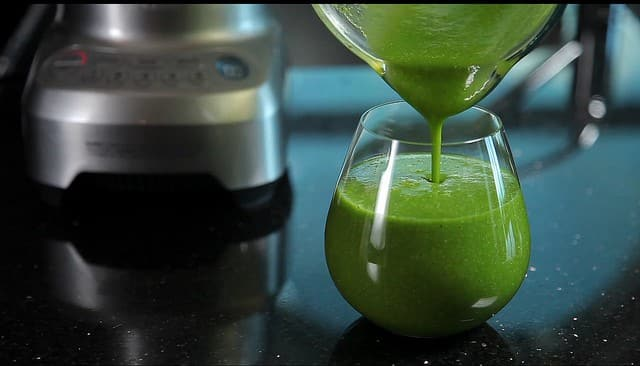 foods for a productive day, green juice